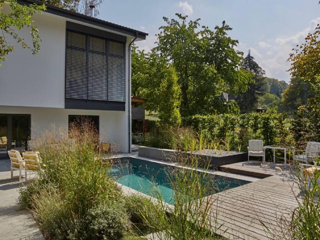 Naturpool-Privatgarten-Seeheim-Baumann-2