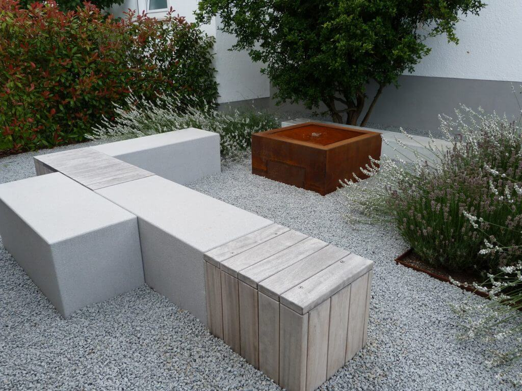 Zahnarztpraxis-Sitzplatz-Neugestaltung-Baumann