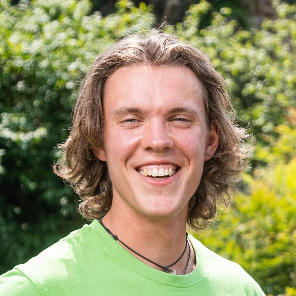 Sean Teichert Portrait Baumann Gärten Freiräume -12